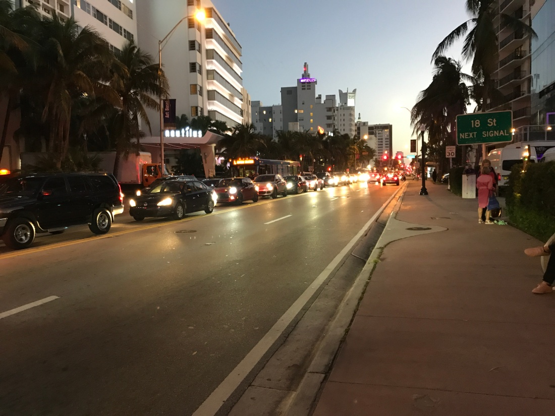miami17_street_collins_traffic