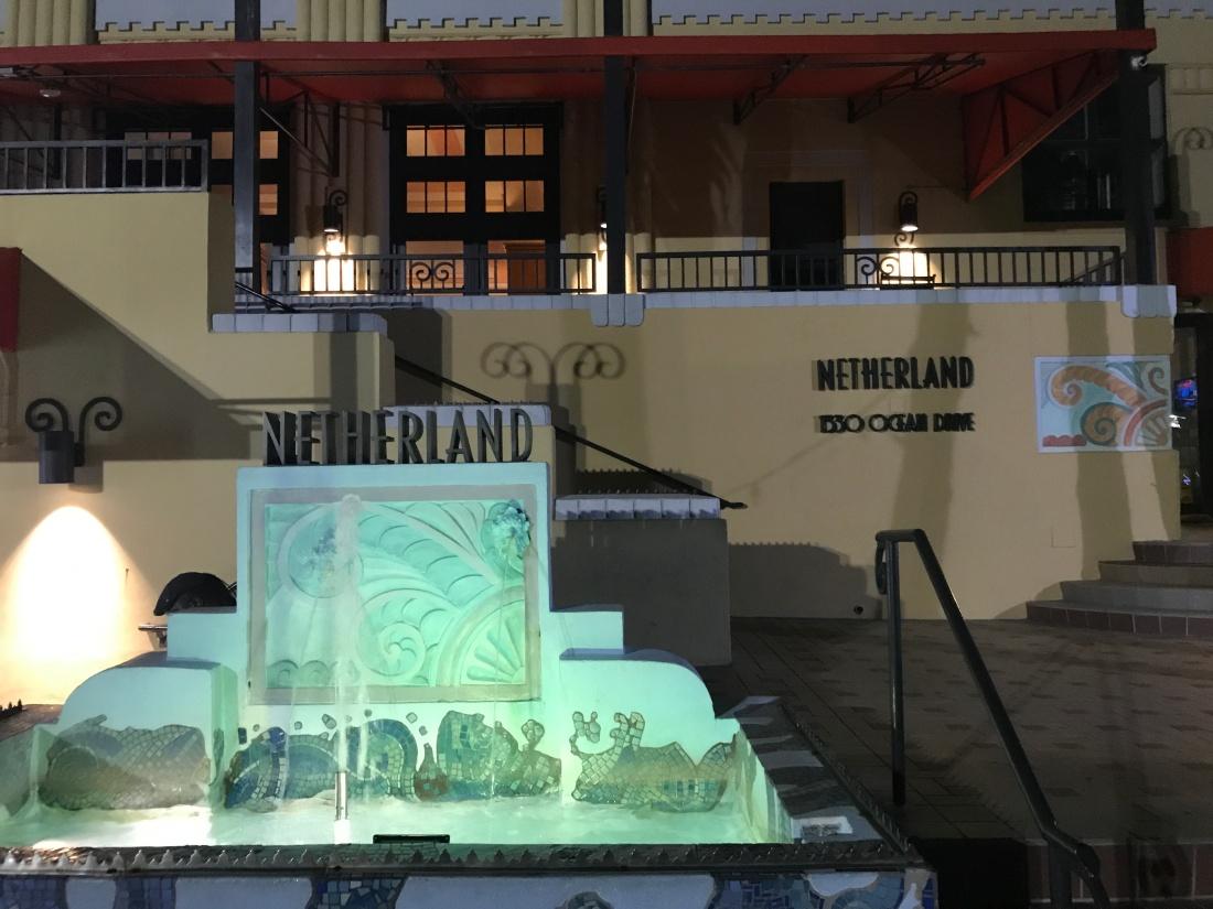 miami17_street_netherlandhotel